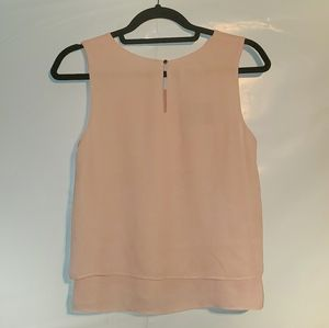 Simply Styled Flowy Coral Sleeveless Tiered Top Sm